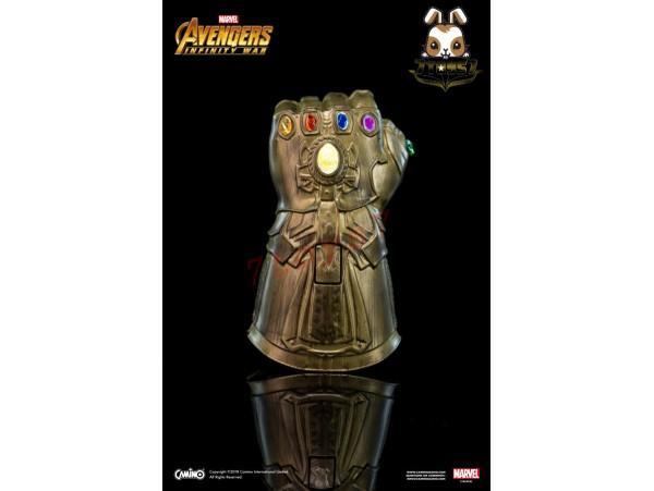 Camino: Thanos Infinity Gauntlet_ Flash light Keychain _The Avengers Infinity War Marvel Movie CI009A