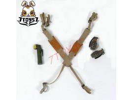 DID 1/6 A80097 101st Airborne Saving Private Ryan_ Suspender + Grenades + torch _ DD049G