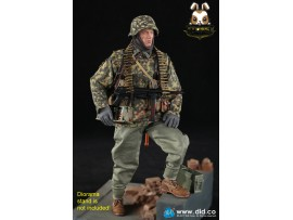 DID 1/6 D80125 3rd Panzer Division MG34 Gunner Version B - Baldric_ Box Set _German WWII DD080Z