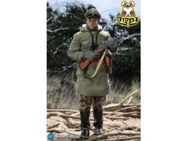DID 1/6 D80132 Panzer Division Das Reich NCO- Fredo_ Box Set _German WWII Now DD093Z