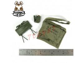 Hot Toys 1/6 Commando John Matrix_ Claymore mine + shoulder bag #2_Arnold HT217G