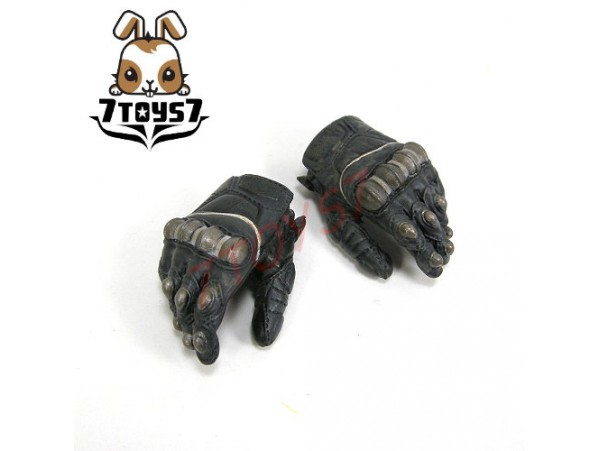 Hot Toys 1/6 Predators: Noland_ Gloved armed hands #1 relax _NOW HT093I