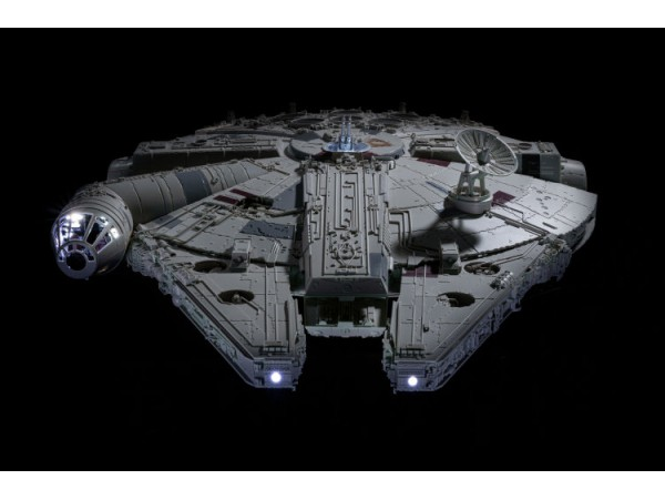 STK Workshop - The Complete Millennium Falcon (Full Kit Form) (Built and painted)_ Set _STK001Y