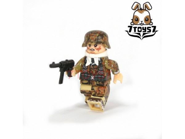 U-Custom WWII German Autumn Camo Infantry MP38_ Minifigure _brick UC003A