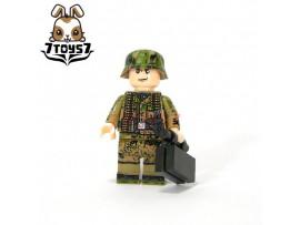 U-Custom WWII German Camo Infantry MG Gunner_ Minifigure w/ Mag case _brick UC001C